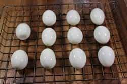 Place eggs on the Bradley rack