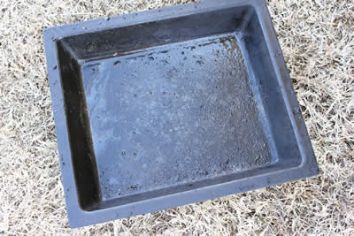 Empty water pan