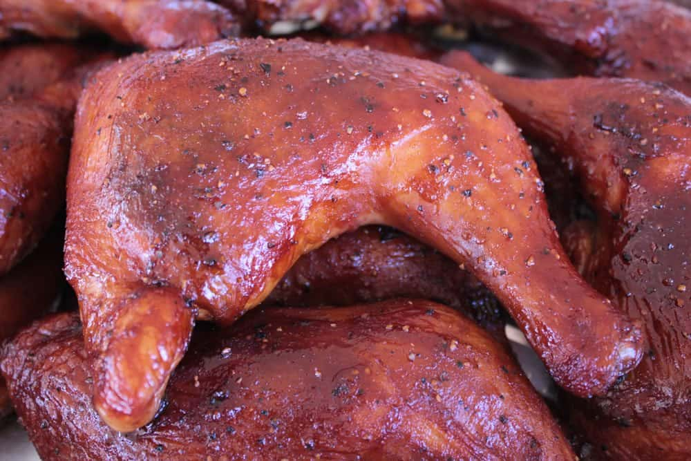 smoked-chicken-quarters-beer